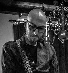 Jeroen Doppen - gitaar/zang
